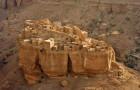 Fragili ma imponenti: ecco a voi i villaggi dello Yemen costruiti con fango e sabbia