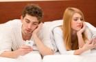 Les couples vraiment heureux publient PEU sur les réseaux sociaux: voici pourquoi