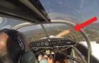 Il décolle mais il se rend compte que quelque chose ne va pas: regardez ce qui se passe à l'hélice, incroyable!