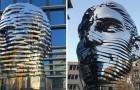 Em Praga a estátua móvel (e polêmica) que homenageia Kafka: 39 toneladas de aço e beleza!