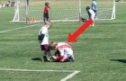 Two young soccer players stun the stadium ...