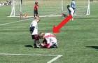 Pendant le match, 2 enfants laissent sans voix le stade: voici ce que nous aimerions voir dans le foot