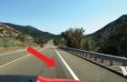 Esta faixa foi feita para que os carros diminuam a velocidade: veja o que acontece quando se passa a 70 km/h
