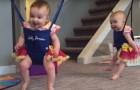 Duas gêmeas provam o balanço pela primeira vez: a reação delas é uma fofura só!