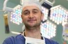 Der jüngste Chefarzt Englands: Ein Italiener der seinen Job als Zeitarbeiter aufgegeben hat