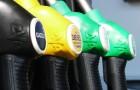Il prezzo del greggio a barile è sceso ma il prezzo della benzina in Italia è aumentato: in pochi sanno il motivo