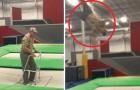 Un anciano con el andador sube sobre el trampolin...pero no saquen conclusiones anticipadas!