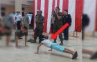 Défi de pompes entre un soldat et une petite fille: la compétition se termine mal... Pour LUI!