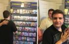 Il negozio di noleggio dvd ha chiuso: l'idea di questa famiglia per consolare il figlio autistico è geniale