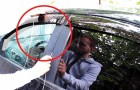 Sleutels aan het autostuur laten hangen? Hier ziet u hoe de autodeur in 30 seconden te openen