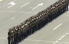 De militaire parade van Armenië begint: deze voorstelling is surrealistisch!