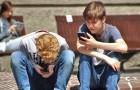 L'interdiction de l'utilisation des smartphones dans toutes les écoles primaires et secondaires en France