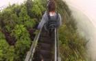 Hawai ofrece escaleras en lugares peligrosos para desafiar el vertigo