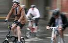 Mit dem Rad zur Arbeit zu fahren halbiert das Risiko für Krebs und andere Krankheiten