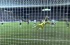 Spettacolare goal di Riquelme