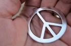 Comment est né le fameux symbole de paix ?