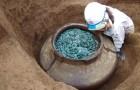 Découverte au Japon d'une immense jarre contenant 200 000 pièces de monnaie appartenant aux samouraïs.