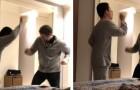 Der Vater tanzt zusammen mit seinem autistischen Sohn: Kein Elternteil wird die Emotion zurückhalten können