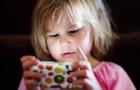 La dependencia de las pantallas es real y deteriora el cerebro de tu niño