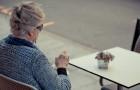 La solitudine fa aumentare il rischio di demenza: lo conferma una ricerca senza precedenti
