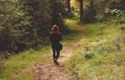 Gehen hilft, das Gehirn zu regenerieren: Es beseitigt Sorgen und heilt Stress.