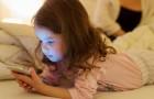I bambini che usano tablet e smartphone rischiano ritardi nello sviluppo del linguaggio: lo dice uno studio