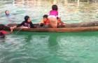 La solution géniale si votre canoë est rempli d'eau