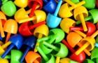 Vi ricordate i chiodini? Questi popolari giochi della vostra infanzia sono più educativi dei videogame. Lo rivela uno studio