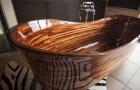 Un artigiano crea meravigliose vasche da bagno utilizzando la tecnologia navale