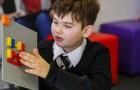 Lego heeft een serie brailleblokjes gemaakt voor blinde en slechtziende kinderen