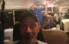 Un conductor ve muchos animales en dificultad durante el huracán, asi transforma el autobús en un Arca de Noé