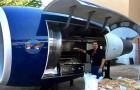 Certains ingénieurs transforment le moteur d'un Boeing 757 en barbecue géant