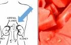 I benefici inaspettati dell'anguria, il frutto estivo che ci idrata e purifica ad un livello molto profondo