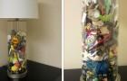 Cette mère a fabriqué une lampe avec tous les objets de son fils ramassés en des années de machines à laver