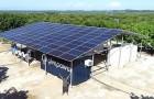 Um die Wasserkrise zu bekämpfen, hier ist das System, das Meerwasser dank Solarenergie trinkbar macht