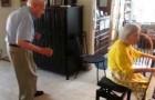A beleza de se divertir juntos depois de 56 anos de casados