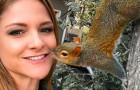 The story of Bella, the squirrel who for 8 years has come back to the house where the woman who saved her life lives ...