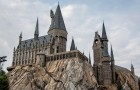 Estes avós construíram um castelo de Harry Potter no jardim do neto de 2 anos