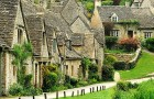 Hier ist Bibury, das wunderbare englische Dorf, wo die Zeit stehen geblieben zu sein scheint