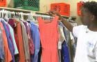 Un ragazzo di 13 anni ha creato un guardaroba scolastico per aiutare i compagni bisognosi