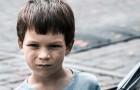 Se uma criança não sabe respeitar os pais e os avós, não saberá respeitar os outros: os psicólogos confirmam