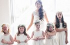Esta professora auxiliar convidou os seus 6 pequenos alunos para o seu casamento