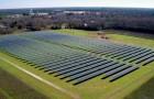 Jimmy Carter ha costruito una fattoria solare che offre il 50% di energia rinnovabile alla sua città