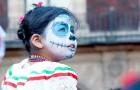 Día de los Muertos, die mexikanische Feier, die lehrt, wie man den Tod mit einem Lächeln betrachtet