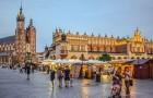 Krakau is de ideale bestemming voor diegenen die weinig willen uitgeven, goed willen eten en prachtige plekken willen bezoeken