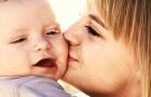 Kusjes van mamma verlichten pijn en genezen wonden: de wetenschap heeft dit bevestigd