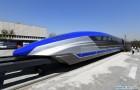 De nieuwe Chinese magnetische levitatietrein bereikt een snelheid van 600 km/u