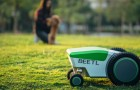Un'azienda ha inventato un robot che rileva e raccoglie i bisogni dei cani al posto nostro