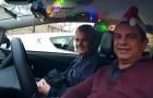 In Madrid vervoeren taxichauffeurs ouderen gratis om hen de kerstversiering van de stad te laten zien
