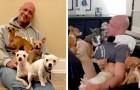 Um chihuahua o salvou da depressão, então este homem decidiu abrir um refúgio para cachorros em dificuldade